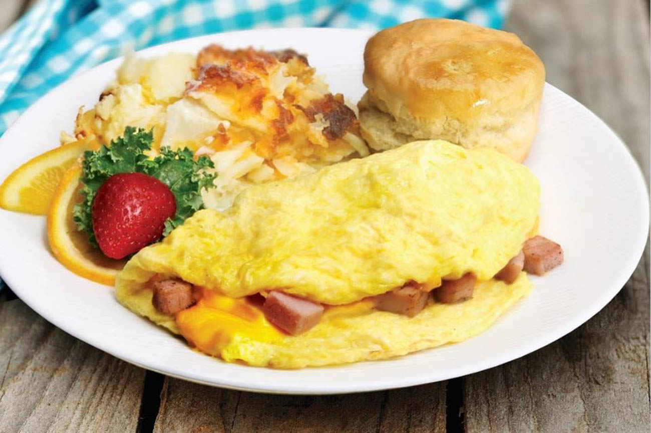 A ham omelet from Biscuits to Burgers{ }/ Image courtesy of RiverCenter Entertainment // Published: 6.20.19