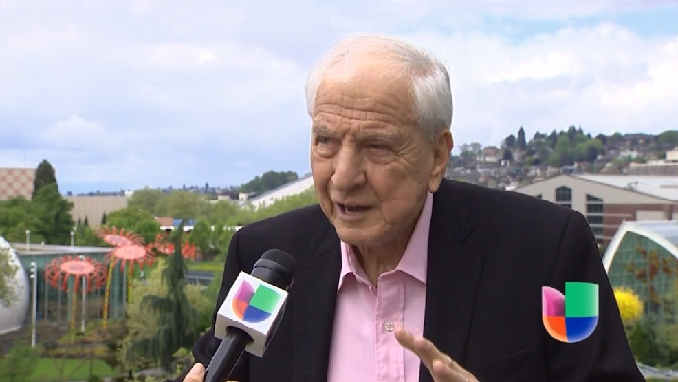 El Legendario Director de Cine de Hollywood Garry Marshall visitó Univision Seattle.