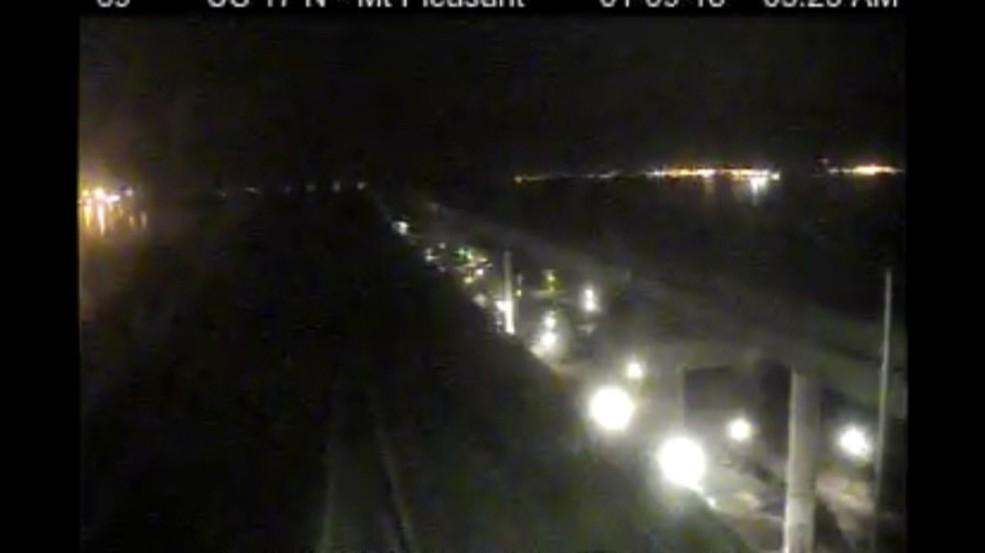 DOT working to fix lights on Ravenel Bridge & DOT working to fix lights on Ravenel Bridge | WCIV