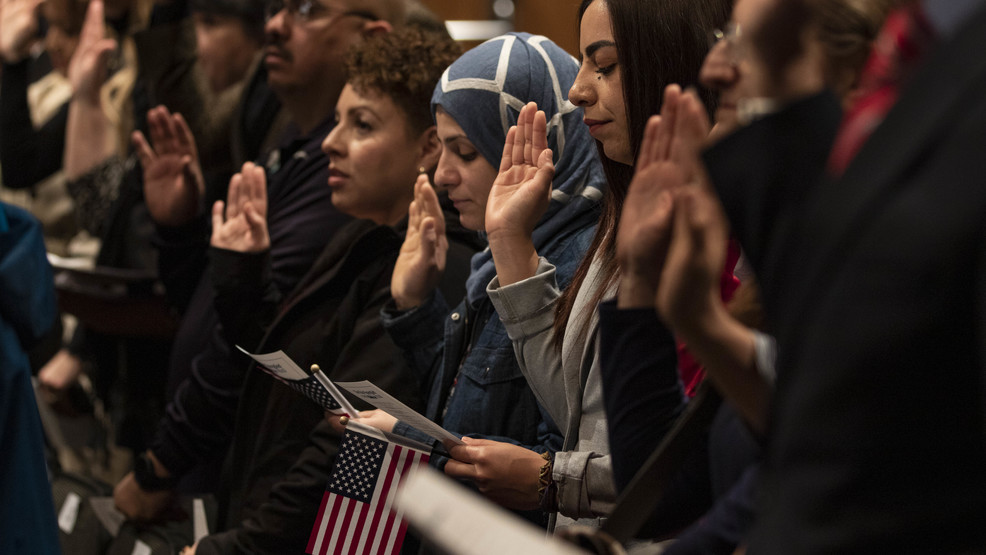 Boise State University welcomes 45 new U.S. citizens at Oath of Allegiance Ceremony