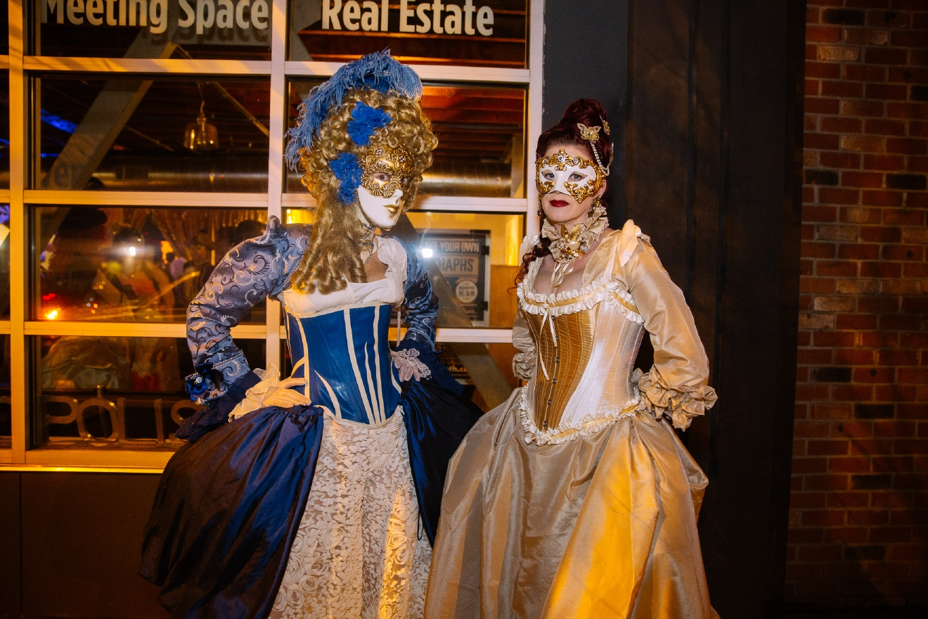 Seattle goes all out for the Venetian Masquerade Ball   Seattle Refined
