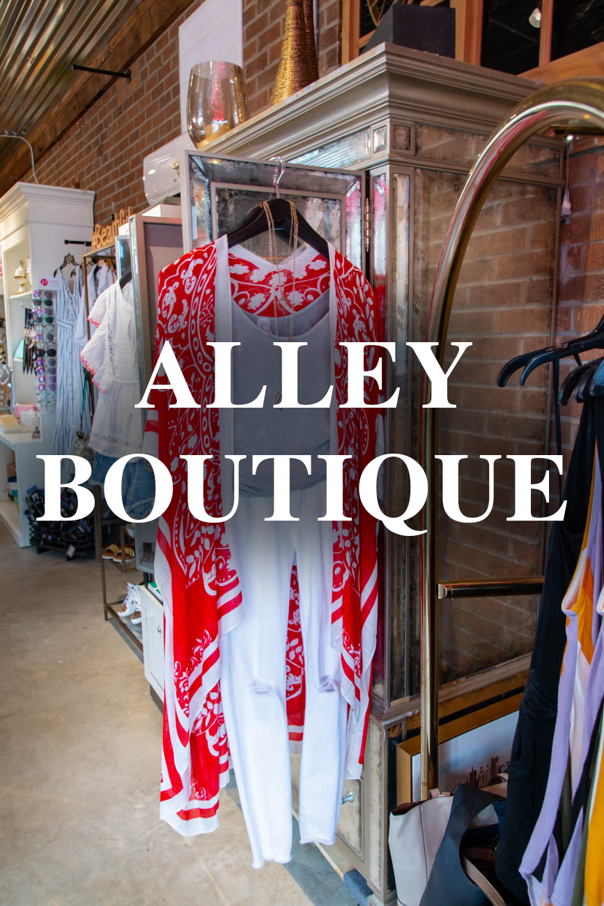 Alley Boutique at{ }210 W Loveland Avenue, Loveland, OH (45140) / Image: Elizabeth Lowry // Published: 11.26.19