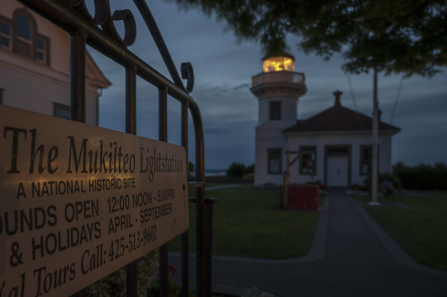 Opened in 1906, the Mukilteo Light Station featured a unique design, built of wood rather than brick and concrete, and created an aesthetic other lighthouses in the Pacific Northwest would soon adopt. (Image: Rachael Jones / Seattle Refined)