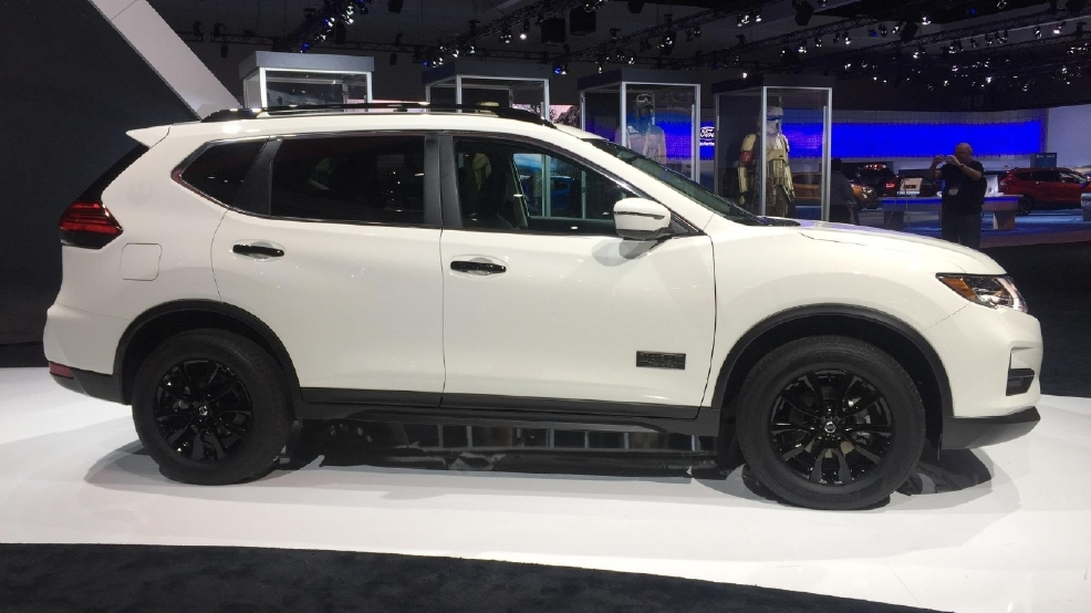 2016 los angeles auto show star wars goes rogue with nissan wbff. Black Bedroom Furniture Sets. Home Design Ideas