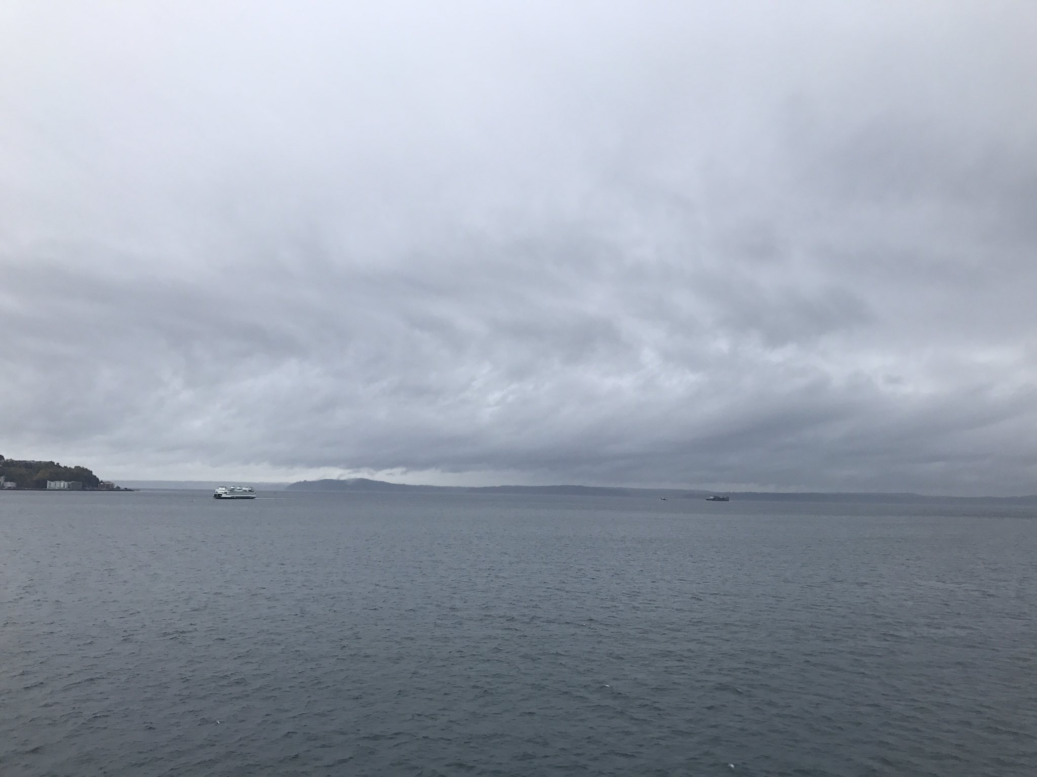 Stormy day over Puget Sound (Photo: Zach Heistand)<p></p>