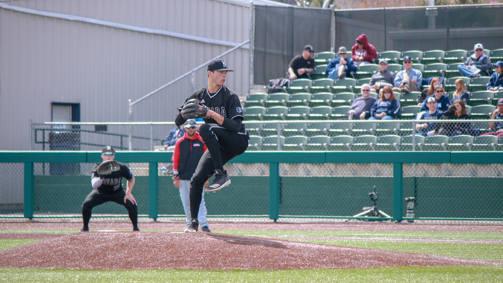 041919_Grant_Ford_Pitching4.jpg