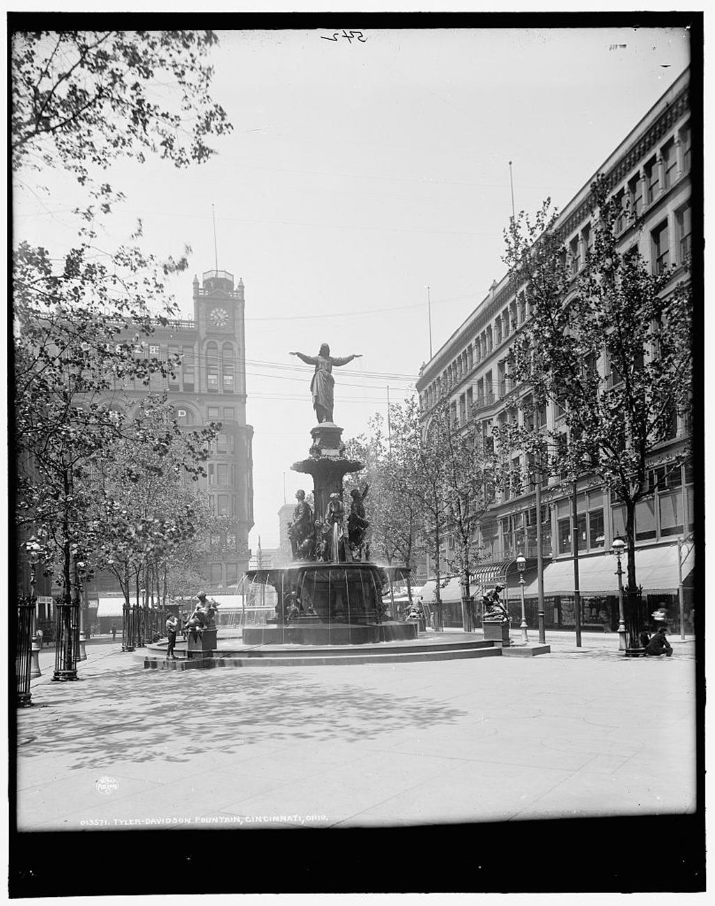 """Tyler-Davidson Fountain, Cincinnati, Ohio"" taken some time between 1900 and 1906{ }/ Image: Detroit Publishing Co. accessed via the Library of Congress // Published: 3.4.19"