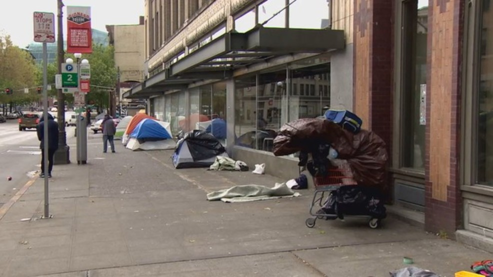 Homeless tents return to Seattle sidewalk one day after sweep