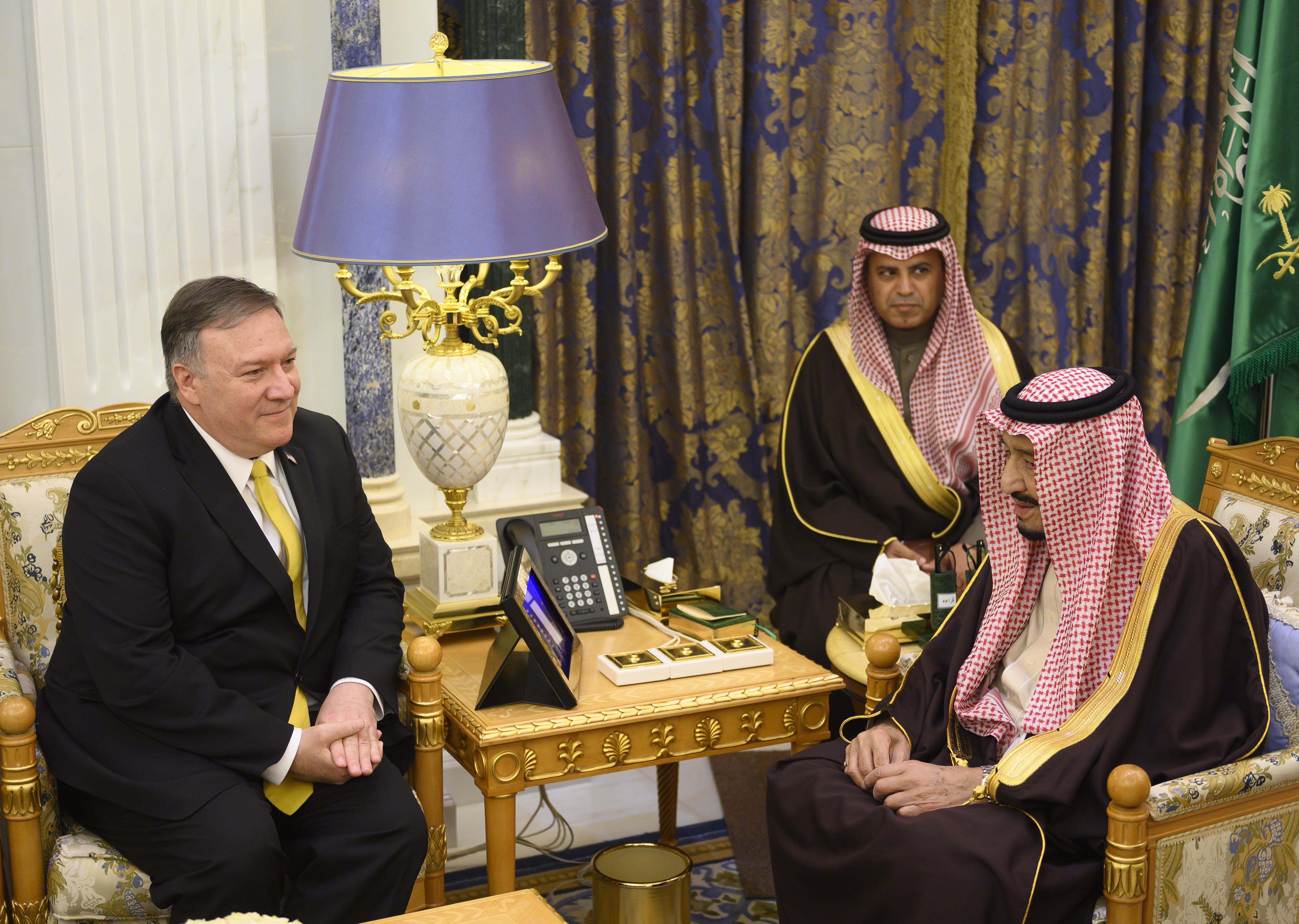 Saudi Arabia's King Salman, right meets with U.S. Secretary of State Mike Pompeo at the Royal Court in Riyadh, Monday, January 14, 2019. (Andrew Cabellero-Reynolds/Pool via AP)