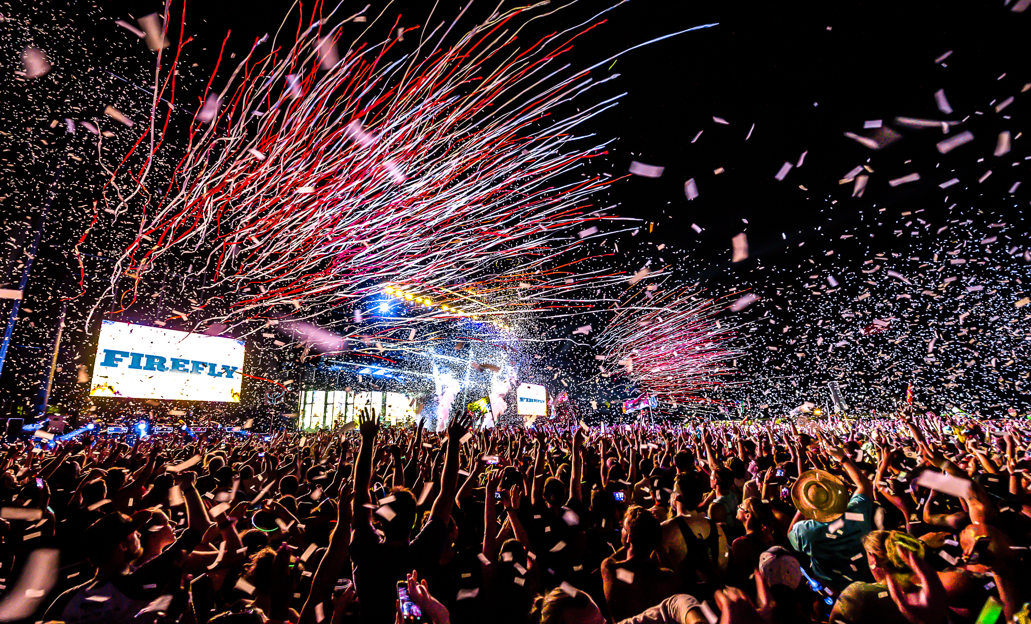 Firefly Music Festival takes place from June 14-17, 2018 at the Woodlands of Dover International Speedway in Dover, DE. Tickets for the festival go on sale Friday, January 12 at 10 a.m., and general admission passes start at $269.{ } (Image: aLIVE Coverage)