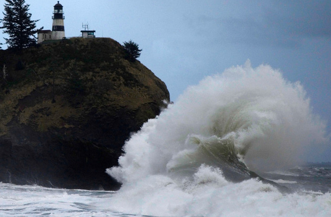Massive waves crash ashore at Cape Disappointment, Wash. in late autumn. (Photo: Tyler Mode -- see more photos at his Smugmug site