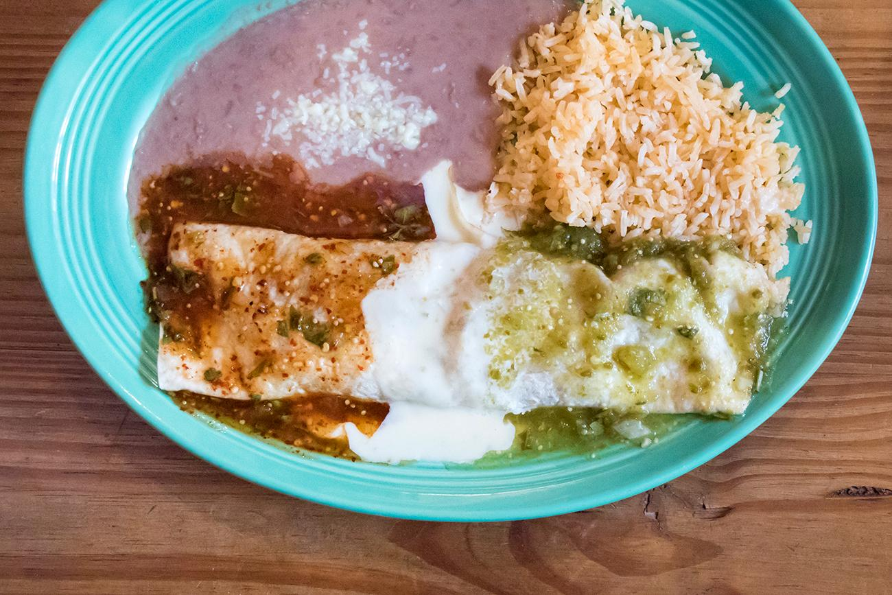Burrito de Mexican Flag / Image: Allison McAdams // Published: 5.1.18