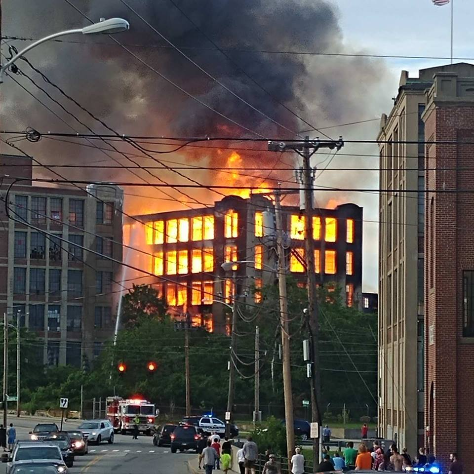 Sanford fire. (Amy Gray)