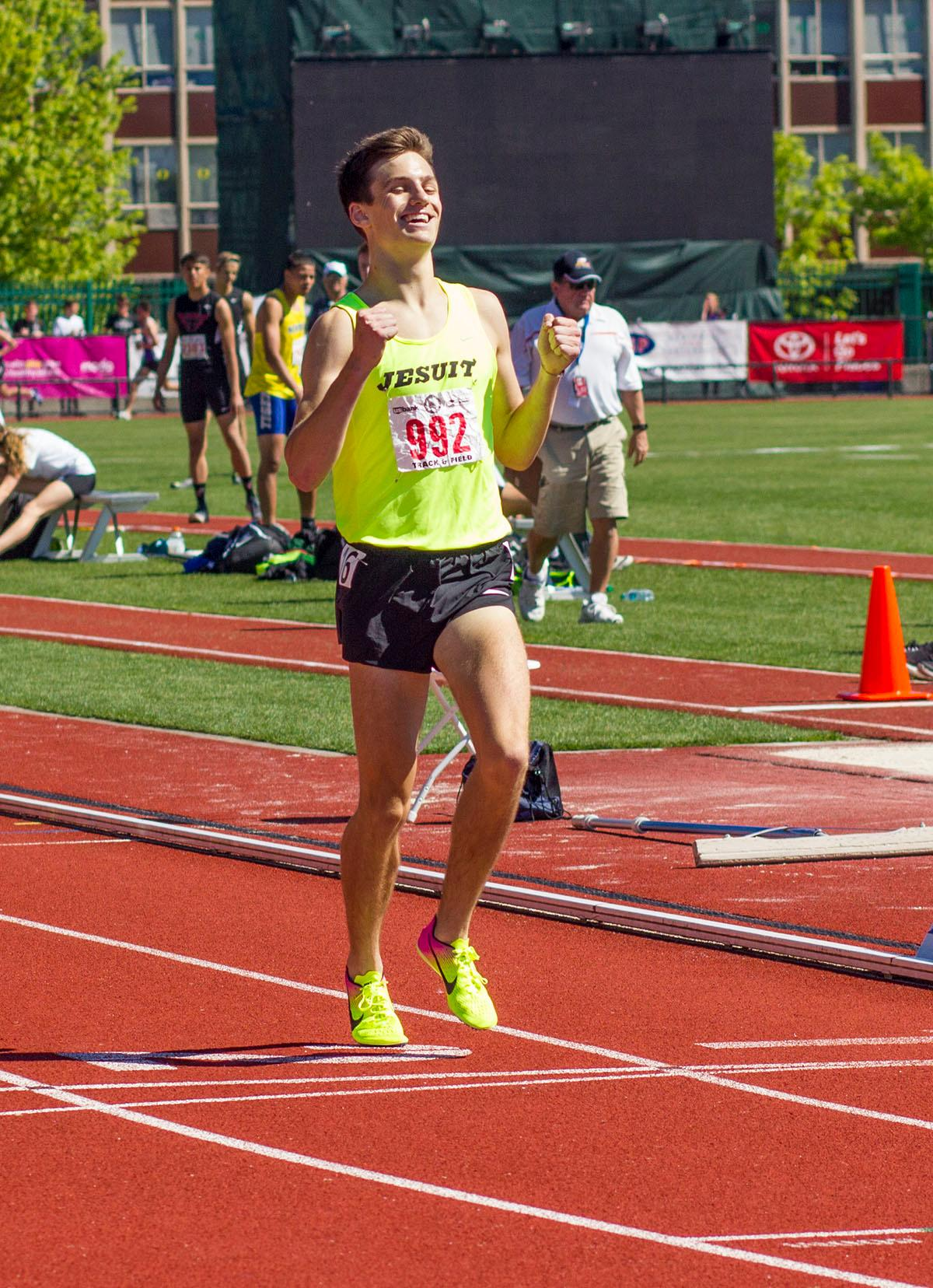 Joshua Schumacher of Jesuit High School wins the 6A Boys 3000 Meter Run with a time of 8:29.91 on Friday at the 2017 OSAA State Track and Field Championships Hayward Field. Photo by: Stephanie Cusano, Oregon News Lab