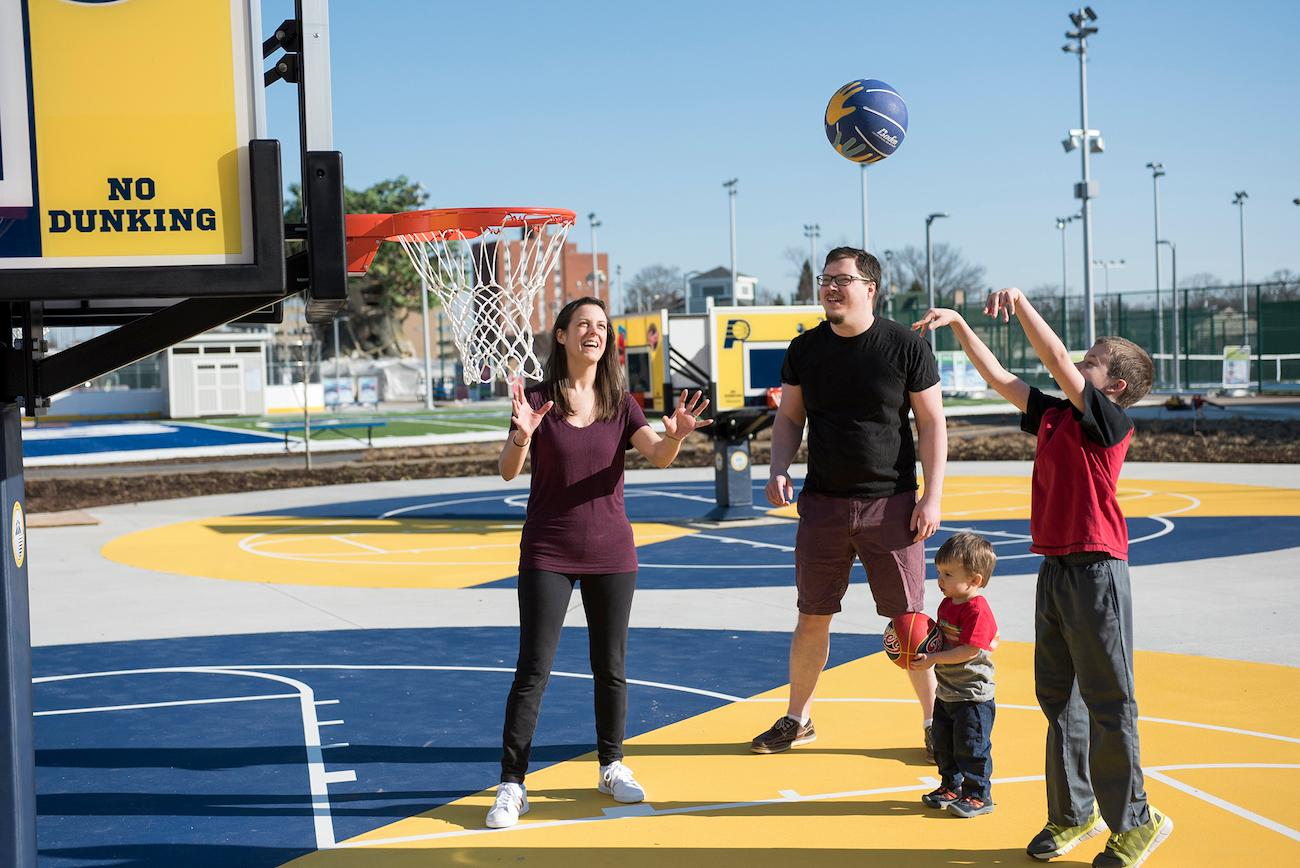 Families can practice on kid-sized hoops at the Indiana Pacers and Indiana Fever Basketball Experience within the museum's Riley Children's Health Sports Legends Experience.{ }/ Image courtesy of Children's Museum of Indianapolis // Published: 4.2.19