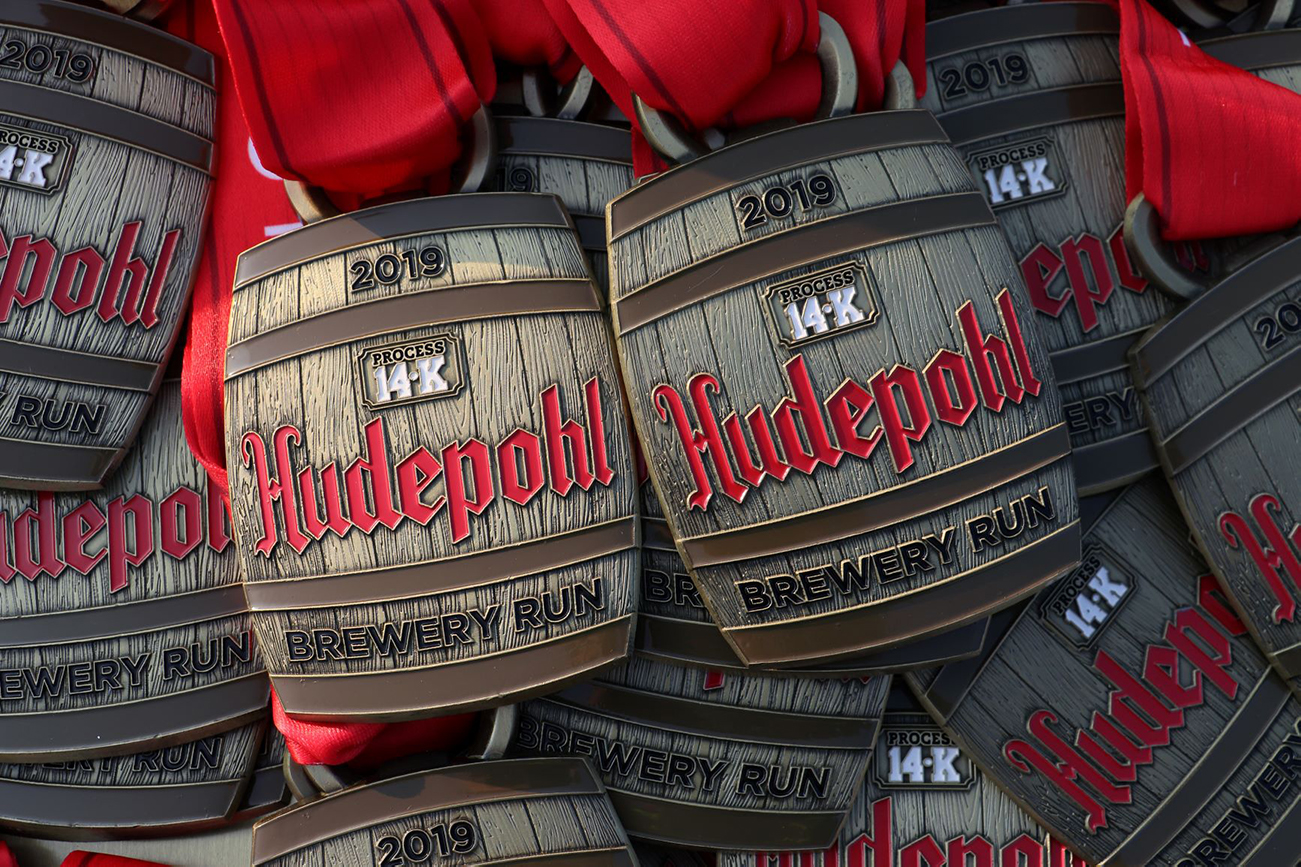 The last race in the TQL Beer Series is also the first one to kick off Oktoberfest Zinzinnati: The Hudepohl 14K/7K Brewery Run on Saturday, September 19. / WEBSITE: raceroster.com/series/2020/26268/2020-tql-beer-series / Image: Tom Uhlman via the Flying Pig Marathon // Published: 4.7.20