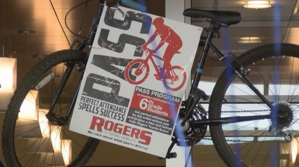 Rogers toyota gives bikes for perfect attendance klew Rogers motors lewiston idaho