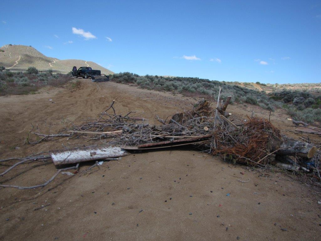 Sun Valley man arrested for illegal dumping along Chimney Drive. (Courtesy: WCSO)