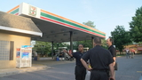 Man shot behind Germantown 7-Eleven, seeks help at emergency center next door