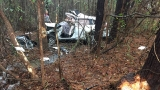 One injured after vehicle wrecks in wooded area in Lugoff