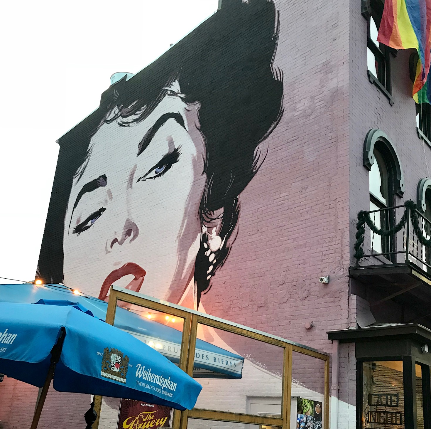 If you find yourself with a balmy evening, head to Dacha, where a wall-spanning portrait of Elizabeth Taylor will welcome you (Image: Eliza Berkon)