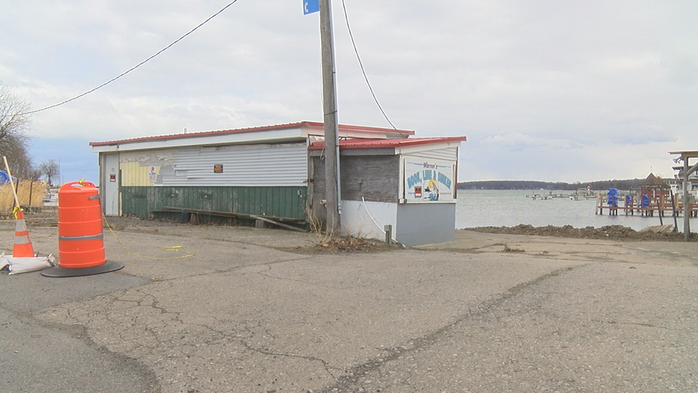 Sodus Point residents remain divided over village hall proposals