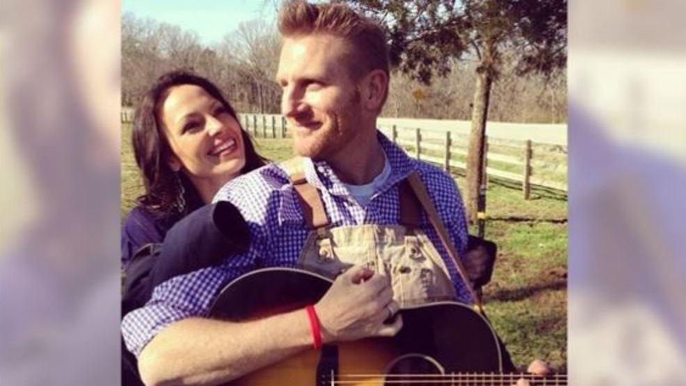 Singer Rory Feek To Perform Again After Wife Joey S Death