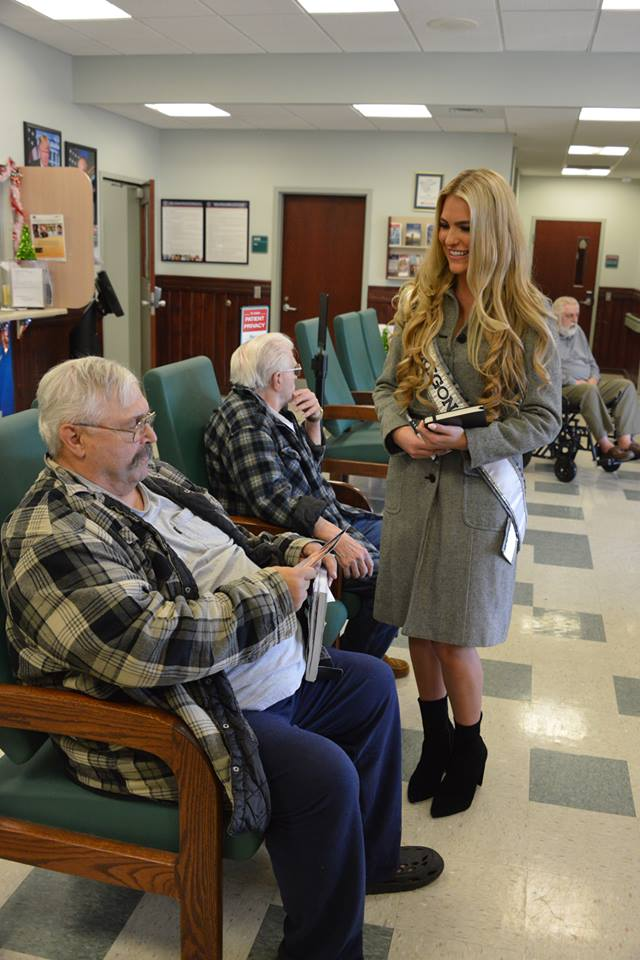 The Roseburg VA Health Care System had a surprise visit from Toneata Morgan, the current Miss Oregon USA, officials said, Nov. 24, 2017. (Photo courtesy VA Roseburg Health Care Center)<p></p>