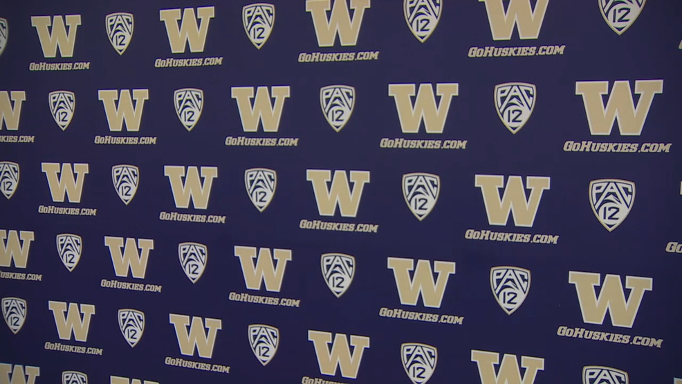 UW spurns Nike, signs deal with Adidas
