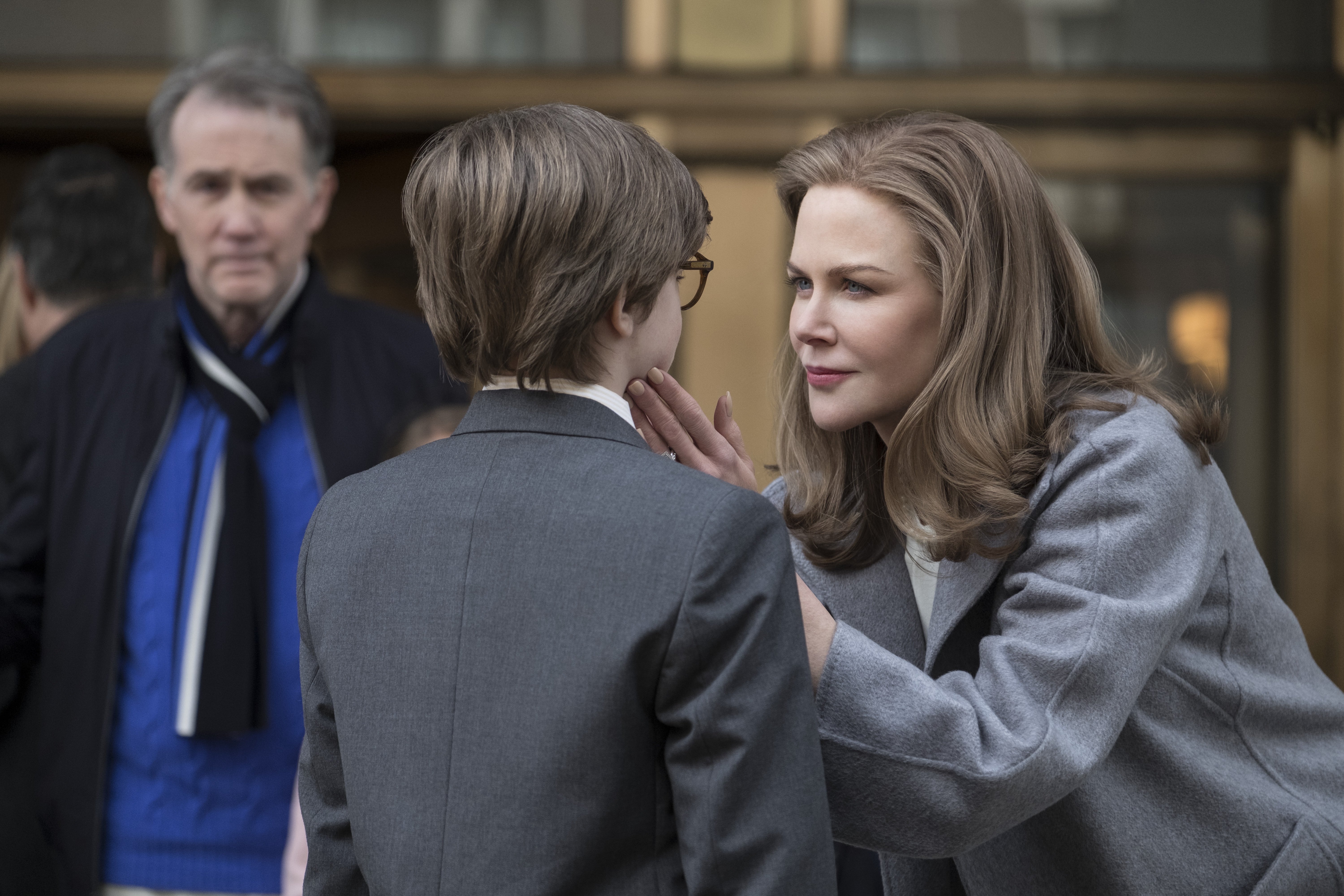 (L-r) NICOLE KIDMAN as Mrs. Barbour and OAKES FEGLEY as Young Theo Decker in Warner Bros. Pictures' and Amazon Studios' drama, THE GOLDFINCH, a Warner Bros. Pictures release.{ }(Image: Warner Bros)