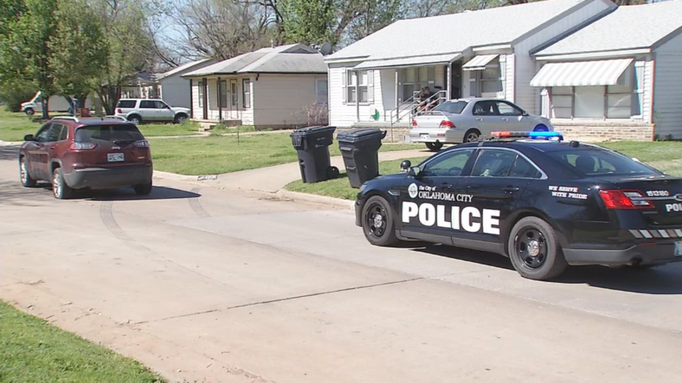Police chase ends with suspects giving up, throwing marijuana