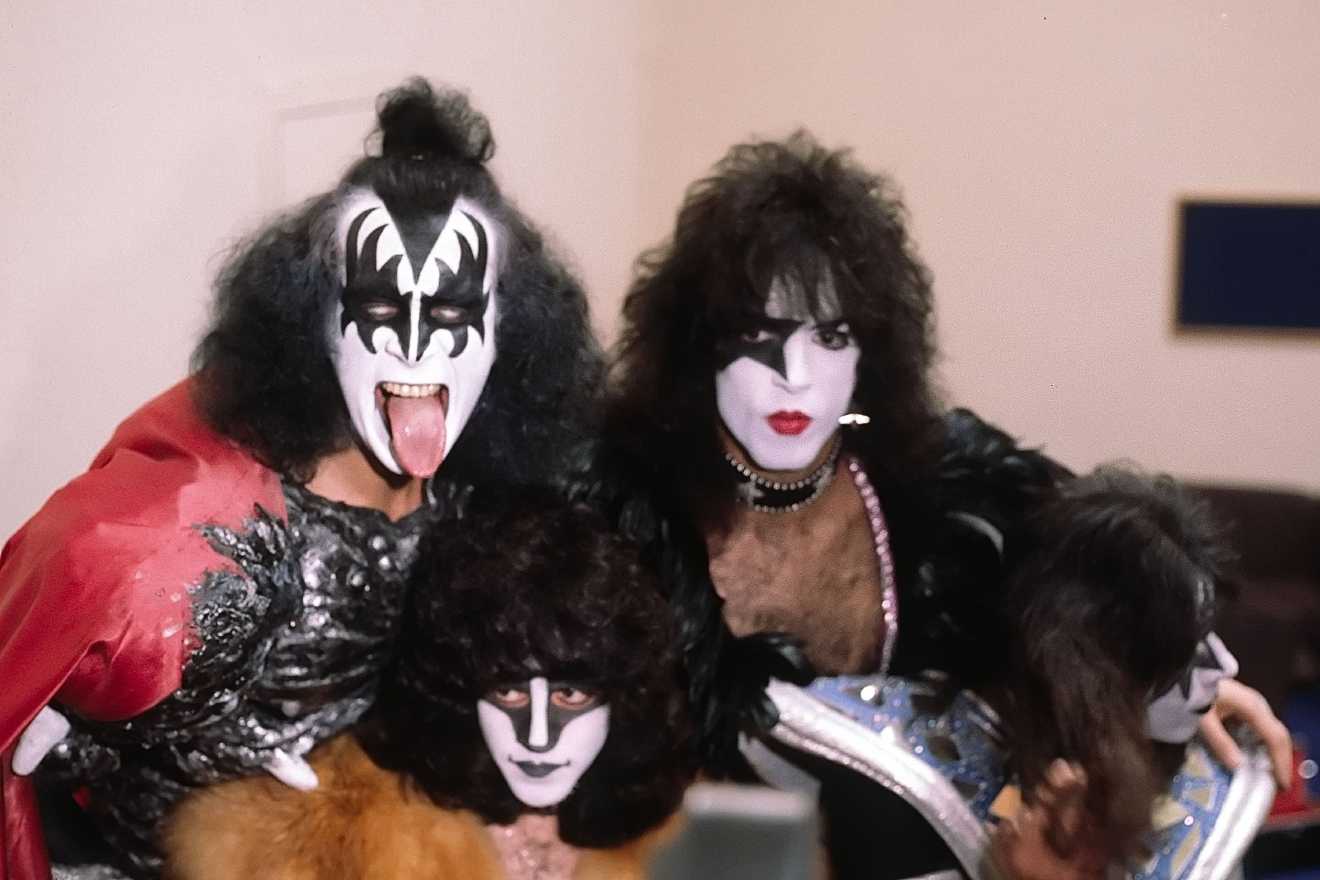 Gene Simmons, Eric Carr, Paul Stanley, Ace Frehley Kiss photographed at a press conference in London to promote their forthcoming UK tour London, England - 4.09.80  Featuring: Gene Simmons, Eric Carr, Paul Stanley, Ace Frehley Where: London, England, United Kingdom When: 04 Sep 1980 Credit: WENN  **Only available for publication in USA**
