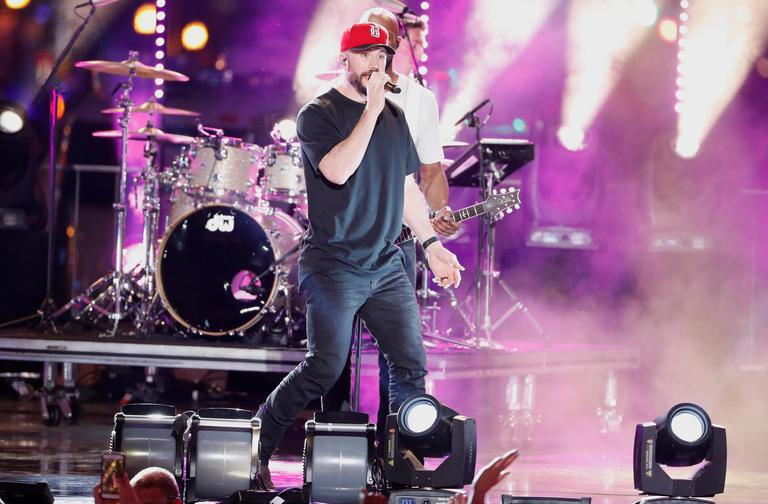 "Sam Hunt performs ""Downtown's Dead"" at the CMT Music Awards (AP Photo/Al Wagner)"