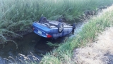 Teen driver rescued from flipped car