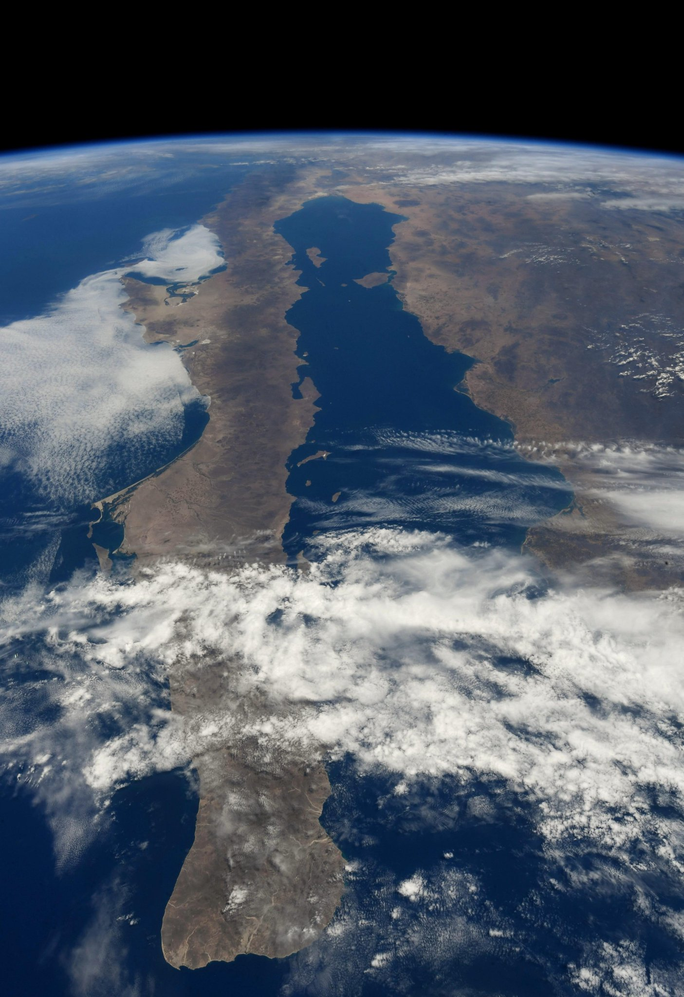 #Baja & the Sea of Cortez (Photo & Caption: Ricky Arnold / NASA)