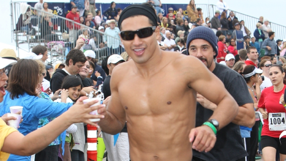 Gallery: Allow these shirtless celebs to be your New Year resolution inspiration