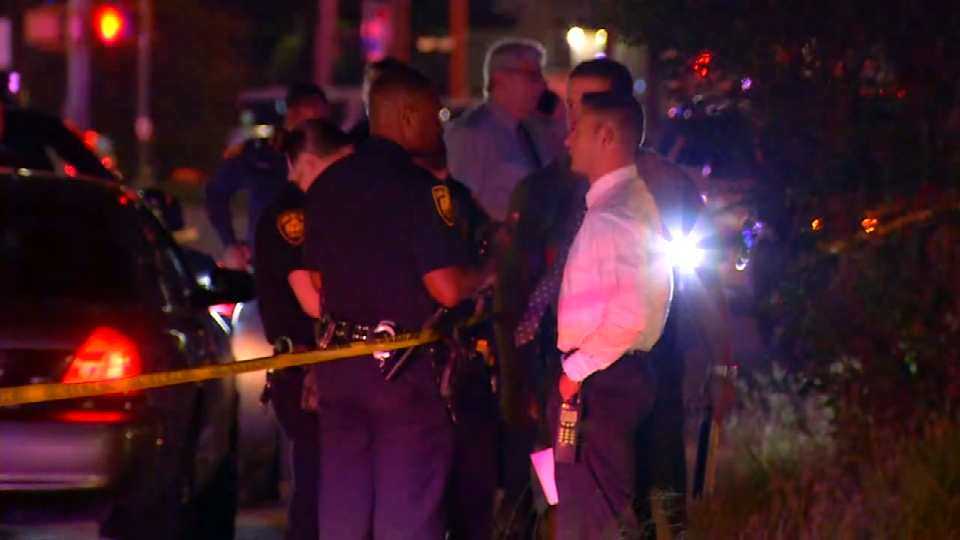 Suspect dies after shot by police officer on West Side (Photo: SBG San Antonio)