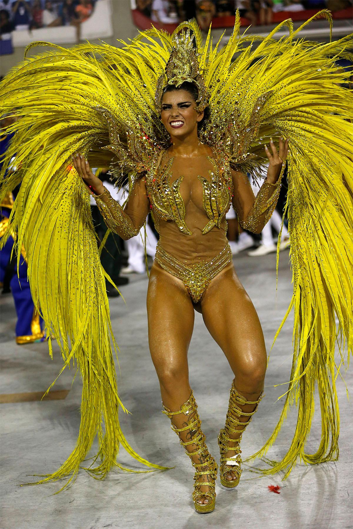 Carnaval Rio Nude Cameltoe Hot 84