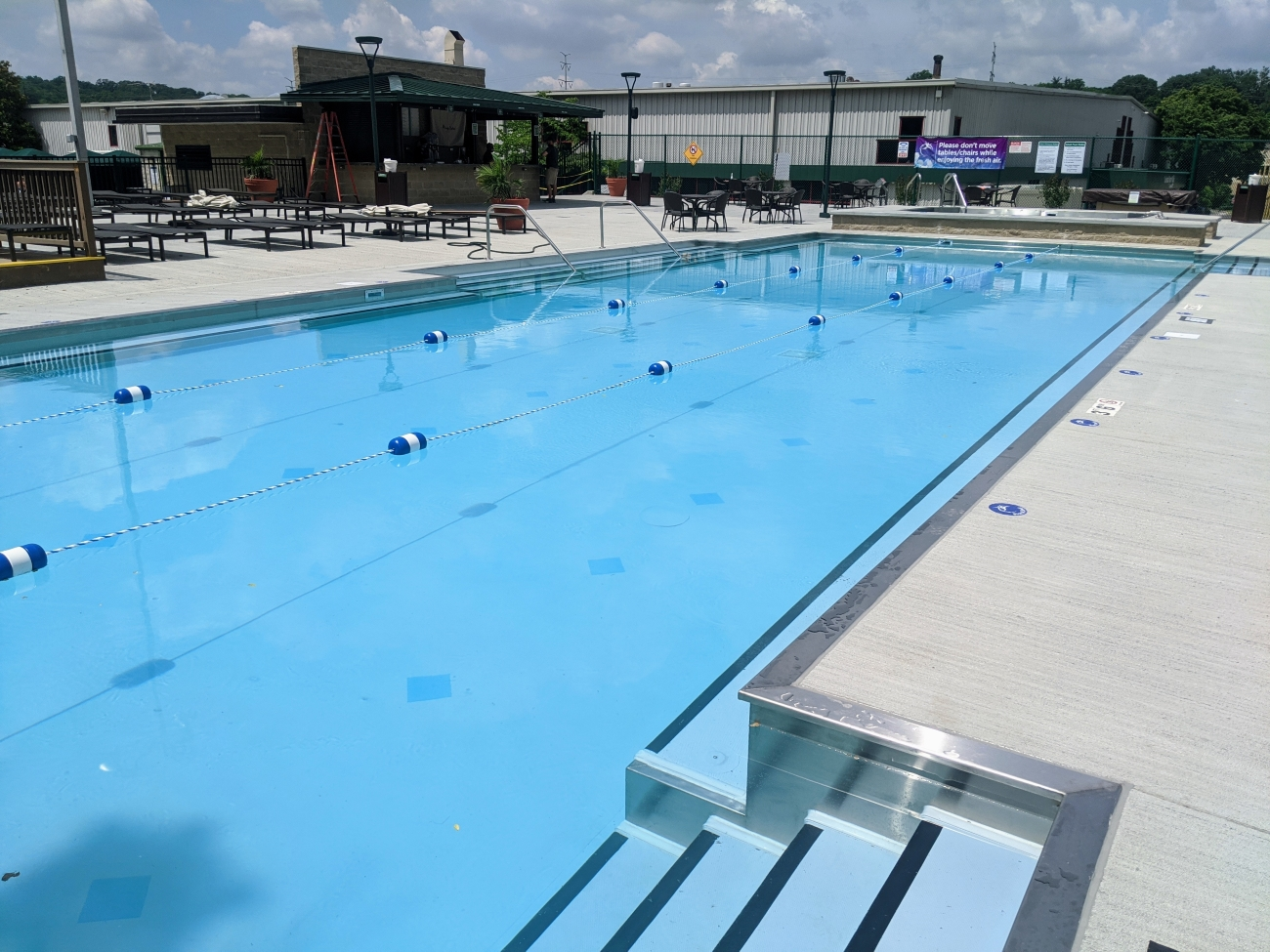 The Cincinnati Sports Club has opened an adult-only outdoor pool. The club spans 16 acres on Red Bank Road in Fairfax. Its new, 2,000-square-foot adult-only pool opened on June 6, 2020. The 25-yard pool (for ages 21 and up) is the eighth aquatic facility for the club. ADDRESS: 3950 Red Bank Road (45227) / Image courtesy of Cincinnati Sports Club // Published: 6.27.20