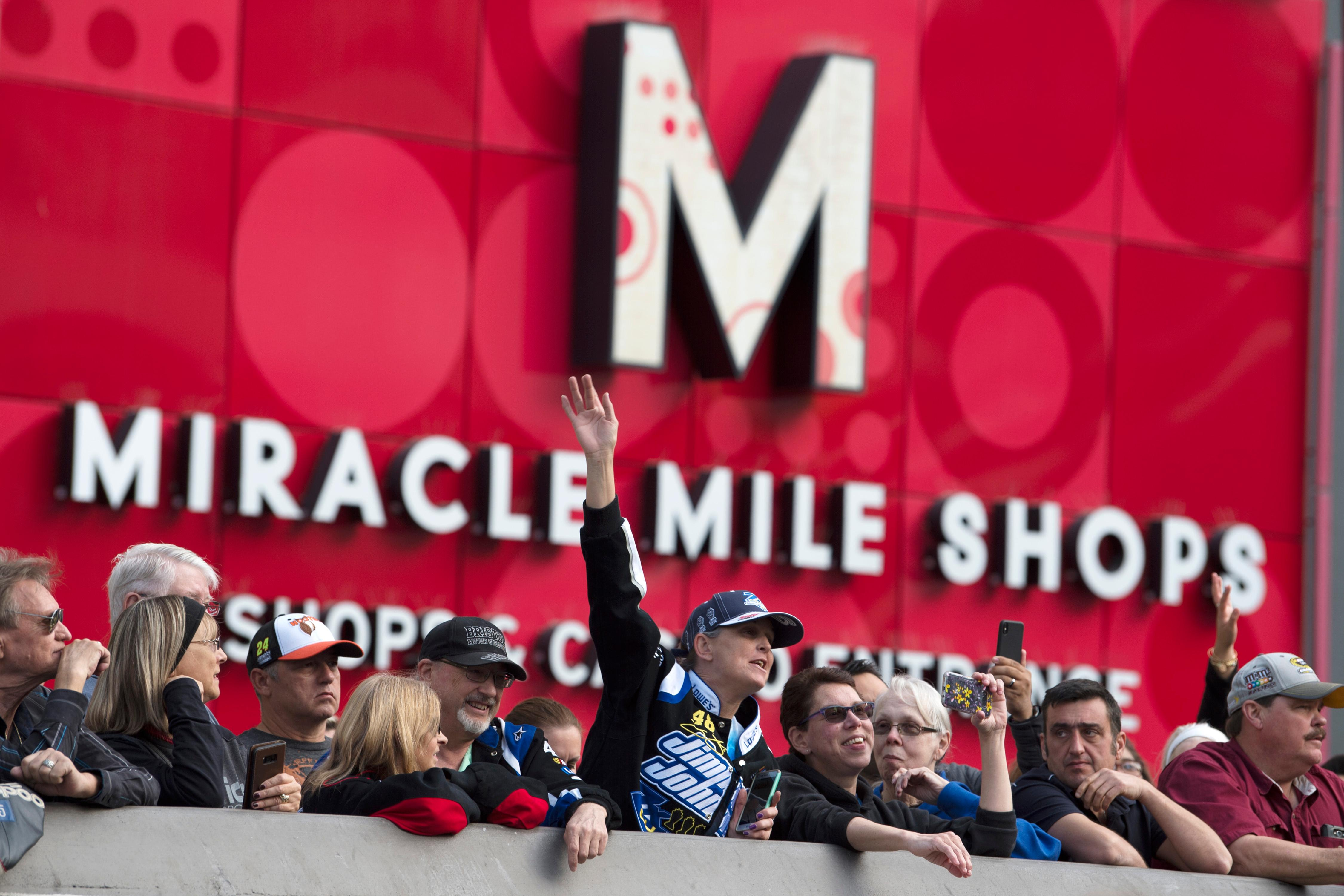 Fans line the sidewalk outside Planet Hollywood during the NASCAR Victory Lap on the Las Vegas Strip being held as part of Champions Week Wednesday, November 29, 2017. CREDIT: Sam Morris/Las Vegas News Bureau