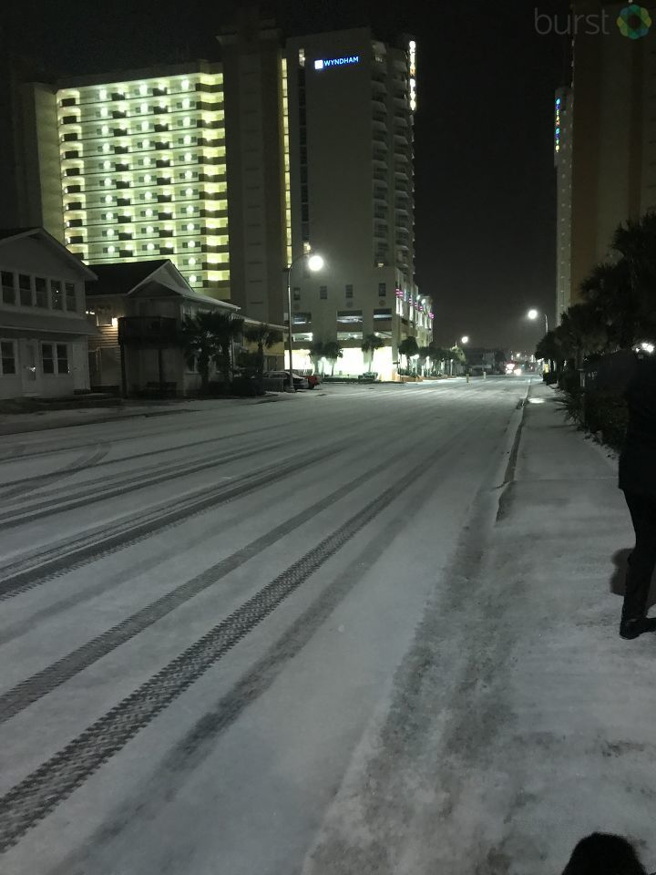 Snow on Ocean Boulevard North Myrtle Beach (Submitted by{&amp;nbsp;}Deborah Broomer)<p></p>