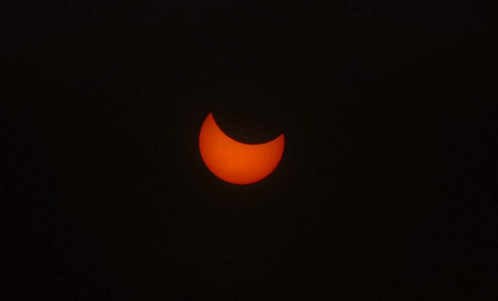 Eclipse viewing at Prescott Park on Roxy Ann Peak in Medford. Photo by Denise Baratta.