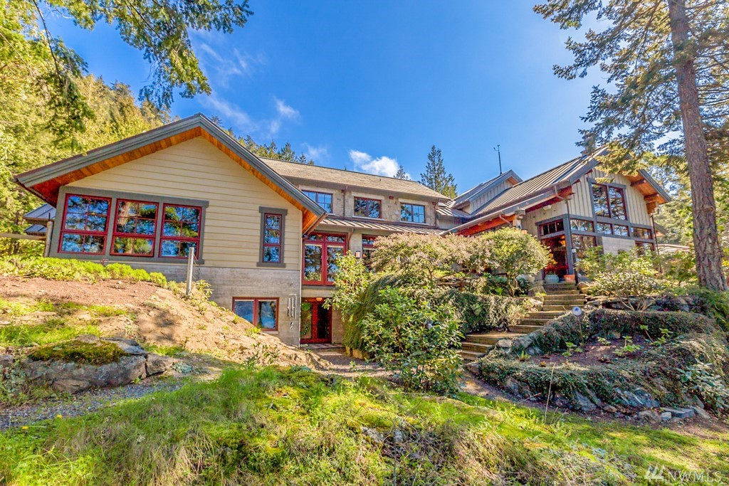 #5. Oprah's PNW House: You get a home, you get a home! Actually - only Oprah gets a home this nice. Mrs. Winfrey just bought Madroneagle, a 7,303 square foot home on Orcas Island. The four baths and five beds home is compiled of over 40 acres with nearly 3,000 feet of waterfront, rare reclaimed wood finishes throughout, an Asian garden, beach, trails, shop, sauna, pond, and stream. But don't get too excited about seeing her around town, Windermere has confirmed that it was bought as an investment property. Who knows - maybe she'll come check on her investment sometime? Either way, welcome to the Pacific Northwest! (Image: Windermere)