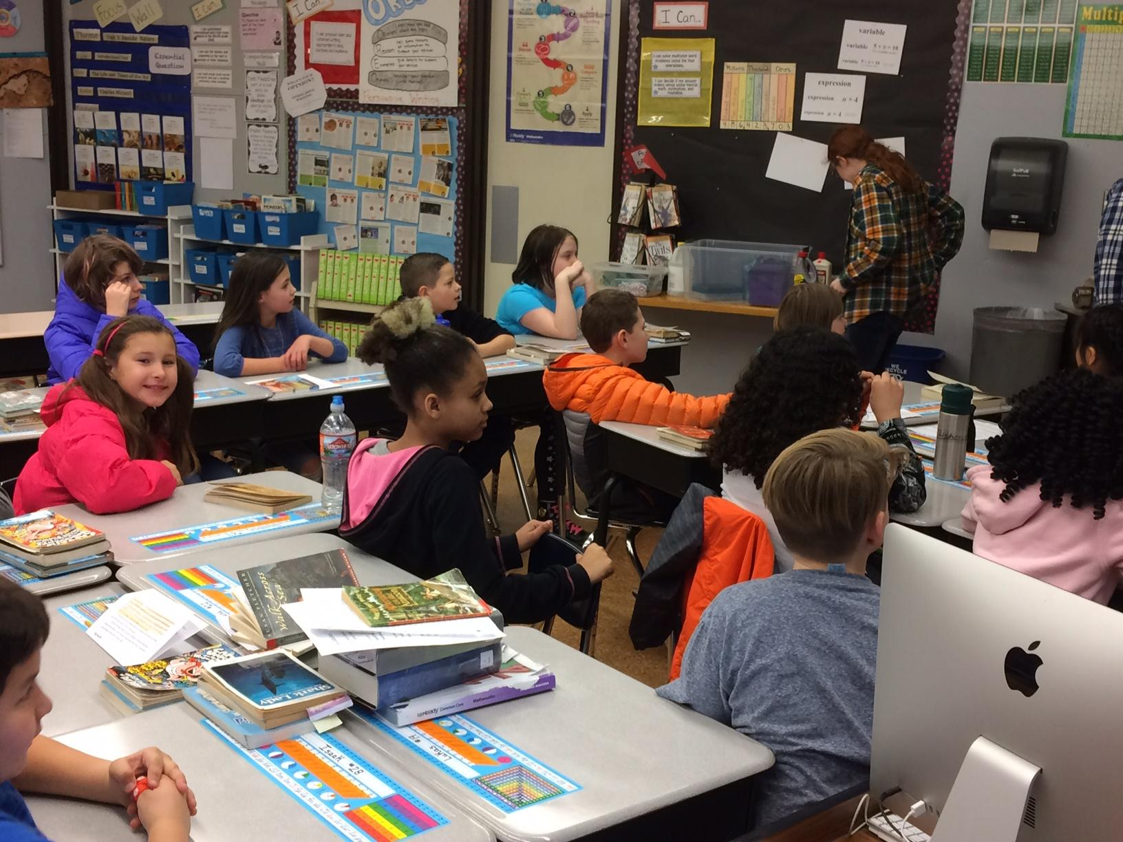 The group Students Opposed to Drugs and Alcohol from Springfield High School visited the 4th grade class of Kaylee Rogers at Douglas Garden Elementary Schools to share their message Thursday. (SBG)