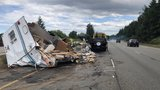 Couple wrecks trailer on freeway 20 minutes after buying it