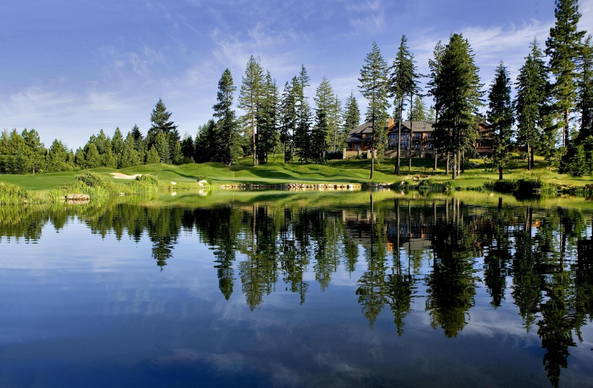 The Suncadia Resort features over 6,000 acres of forested mountain landscape with a wealth of year-round activities from hiking to biking, spa treatments, amazing restaurants, a winery, water slides, an indoor and outdoor pool along with 36 holes of golf all inside the 2.2 million acre Wenatchee Washington National Forest. (Image: Suncadia)