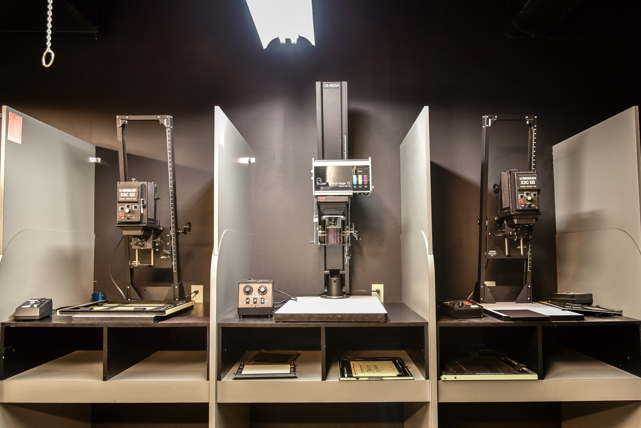 The college has an impressive darkroom with a variety of equipment for developing film. / Image: Phil Armstrong, Cincinnati Refined // Published: 2.16.17