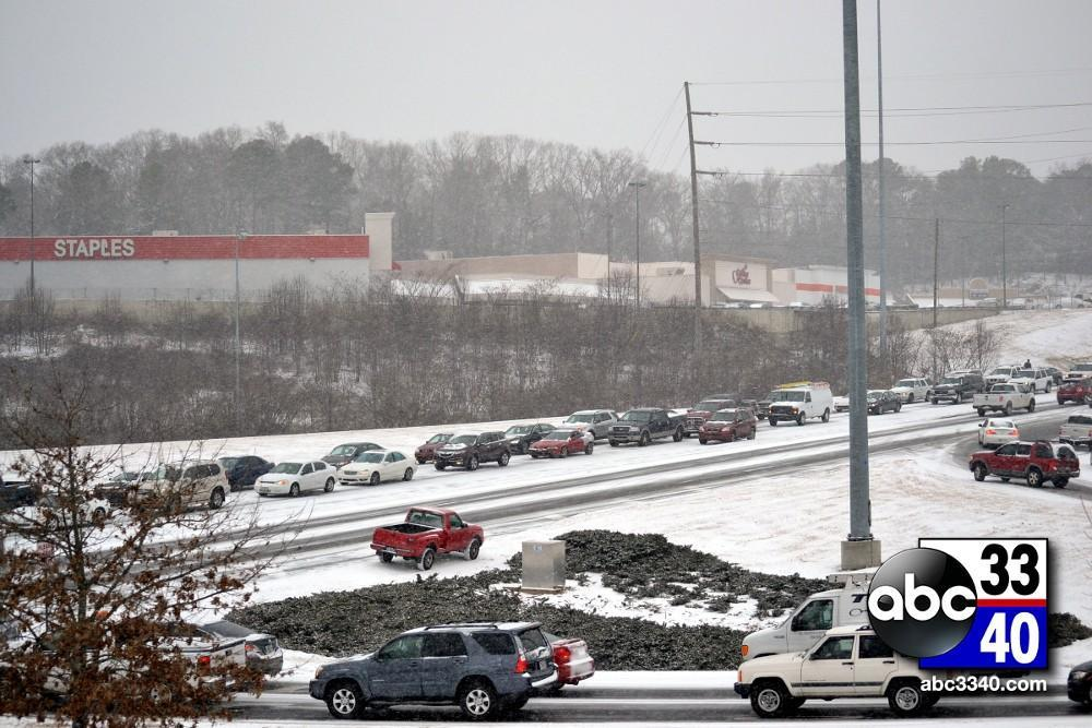 Traffic stalled on Highway 31 near Hoover, Ala. during a winter storm, Tuesday, January 28, 2014.