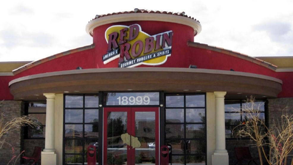 red robin offering free chicken burger to people with christmas like names weyi - Is Red Robin Open On Christmas