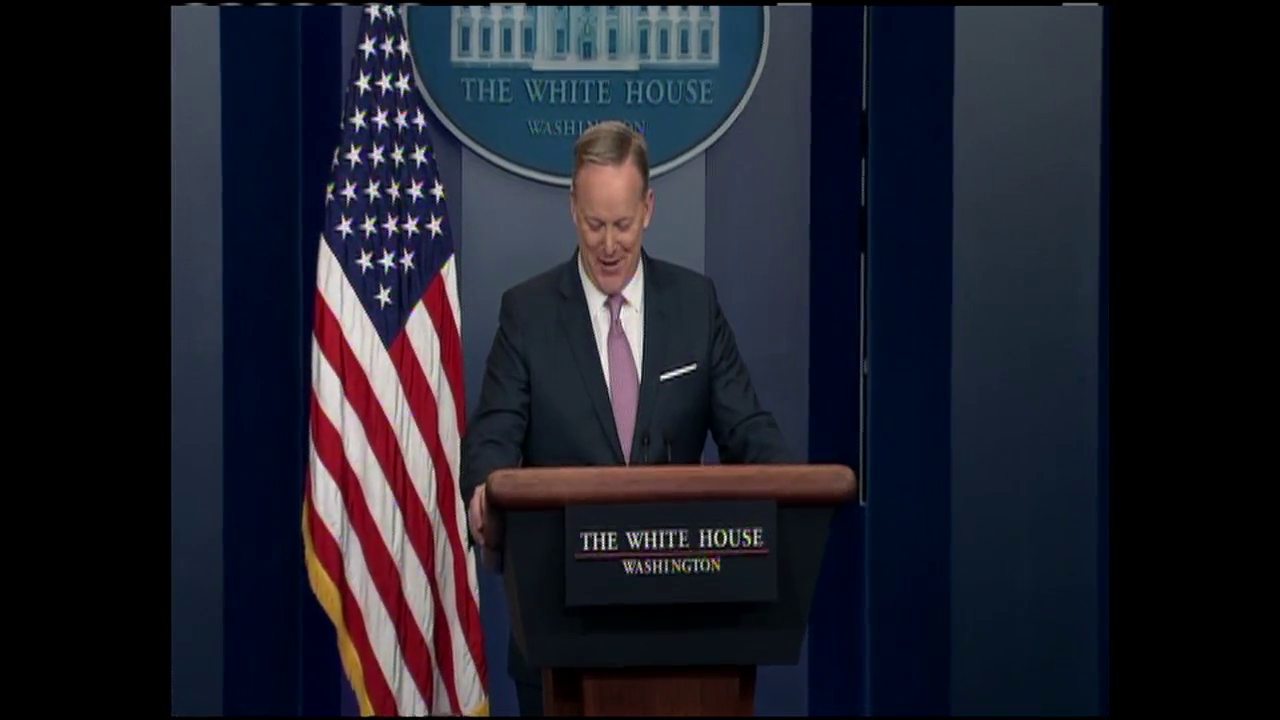 WATCH: Sean Spicer's first White House press briefing (CNN Newsource)